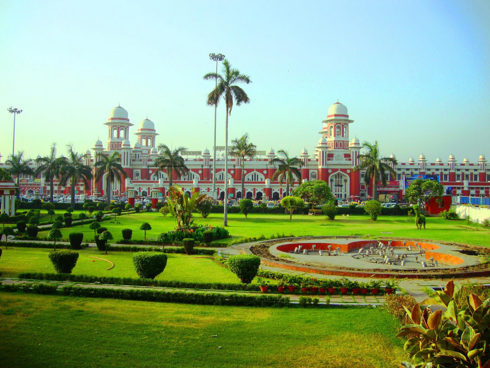 Charbagh_Railway_Station,_Lucknow