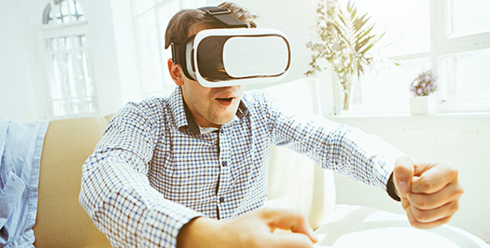 the-man-with-glasses-of-virtual-reality-future